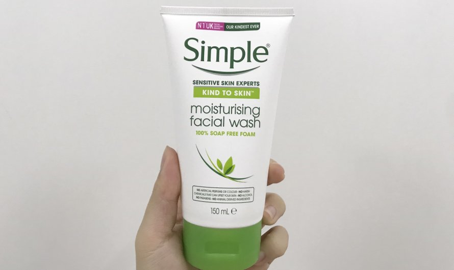 [REVIEW] Sữa rửa mặt Simple Moisturizing Facial Wash
